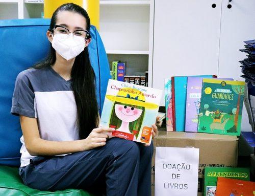 Ativista social, aluna do Ensino Médio conduz campanha de doação de livros na Monteiro